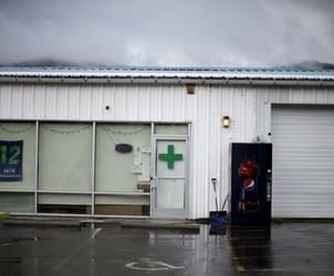 Washington marijuana sales see 'border effect' from Oregon's new recreational market
